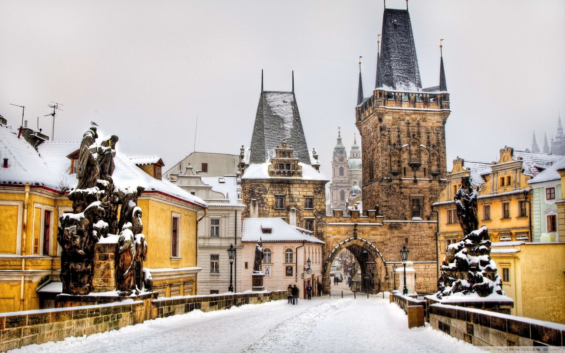winter_in_prague-wallpaper-1152x720